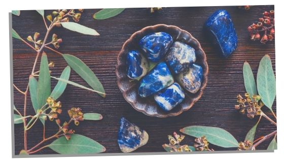 Sodalite for cleansing the third eye chakra