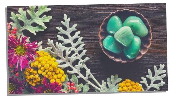 green aventurine helps luck in love