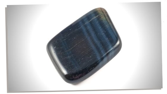 To reach mental clarity use Blue Tigers Eye crystals