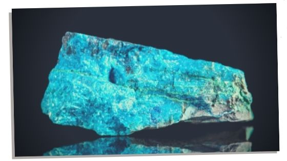 picture of Blue Apatite symbolising the metaphysical properties