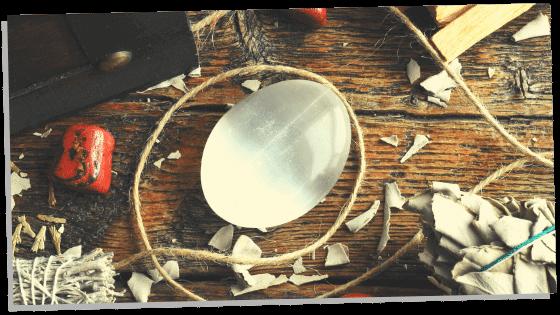 Image of Selenite the abundance and prosperity stone